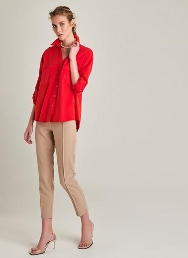 NGSTYLE Cep Detaylı Liyosel Gömlek Kırmızı